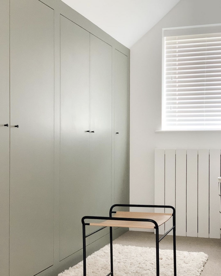 36 Inspiring Green Gray Interior Spaces - IMAGE: via @minimalhouseandhome on Instagram feat. 'Putti' from Little Greene Paint Company.