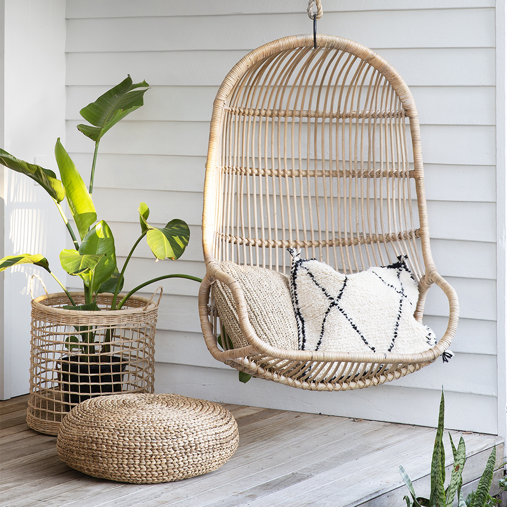 Stylish Boho egg chairs - Image via Yak + Yeti Trader feat. Bangalow Single Hanging Chair.