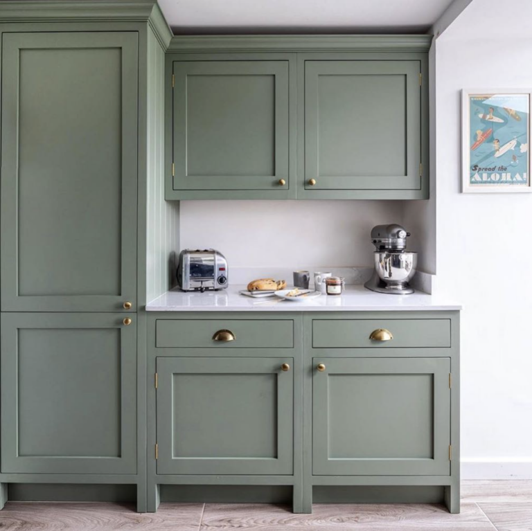 36 Inspiring Green Gray Interior Spaces - IMAGE: via @fifteentwelveinterior on Instagram, Photography by @lukonic_photography feat. 'Card Room Green' from Farrow and Ball.