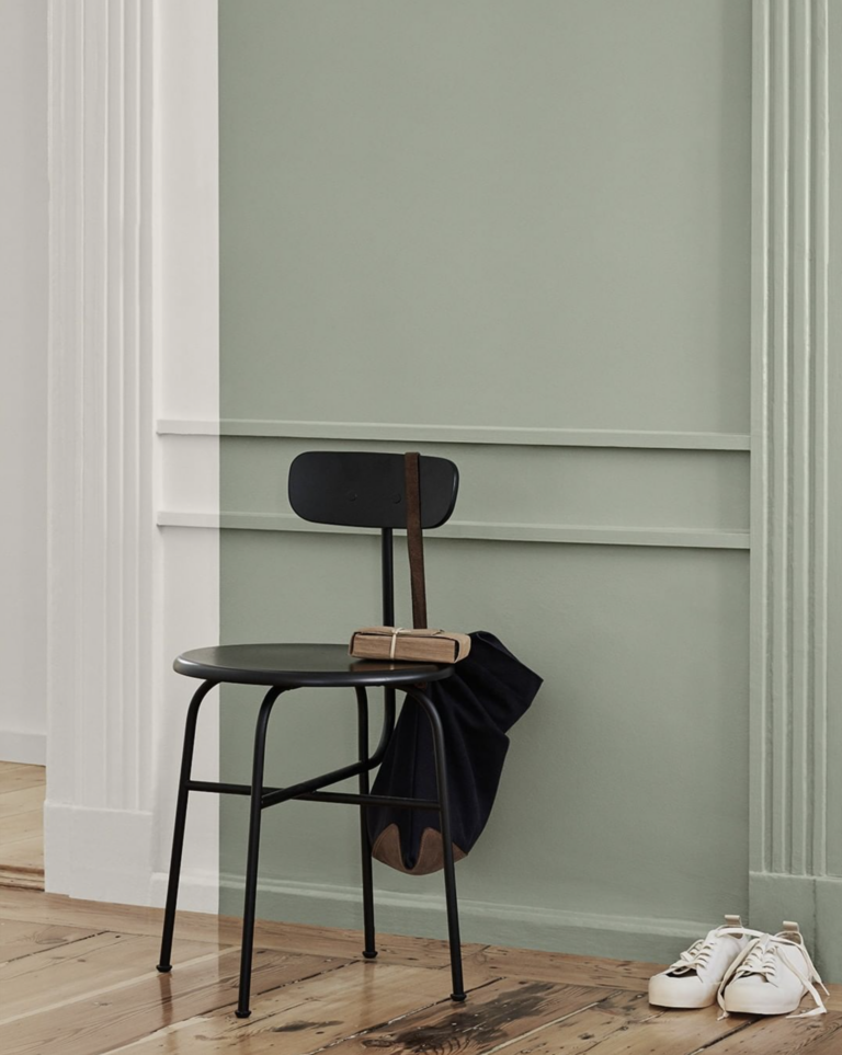 36 Inspiring Green Gray Interior Spaces - IMAGE: via Jotun feat. paint color 'Lady 7628 Treasure' from Jotun Lady.