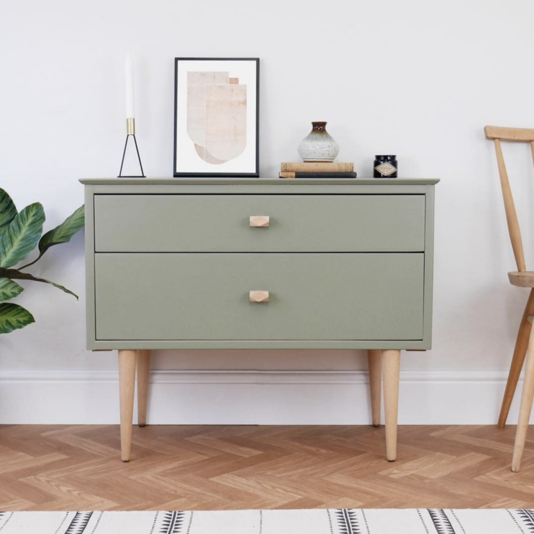 36 Inspiring Green Gray Interior Spaces - IMAGE: via @elizabethdotdesign on Instagram, feat. 'Treron' from Farrow and Ball.