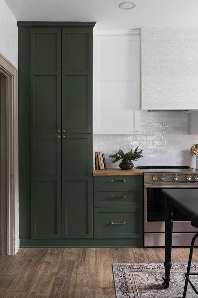 Image via Jenna Sue Design Co, Paint color: Peale Green by Benjamin Moore