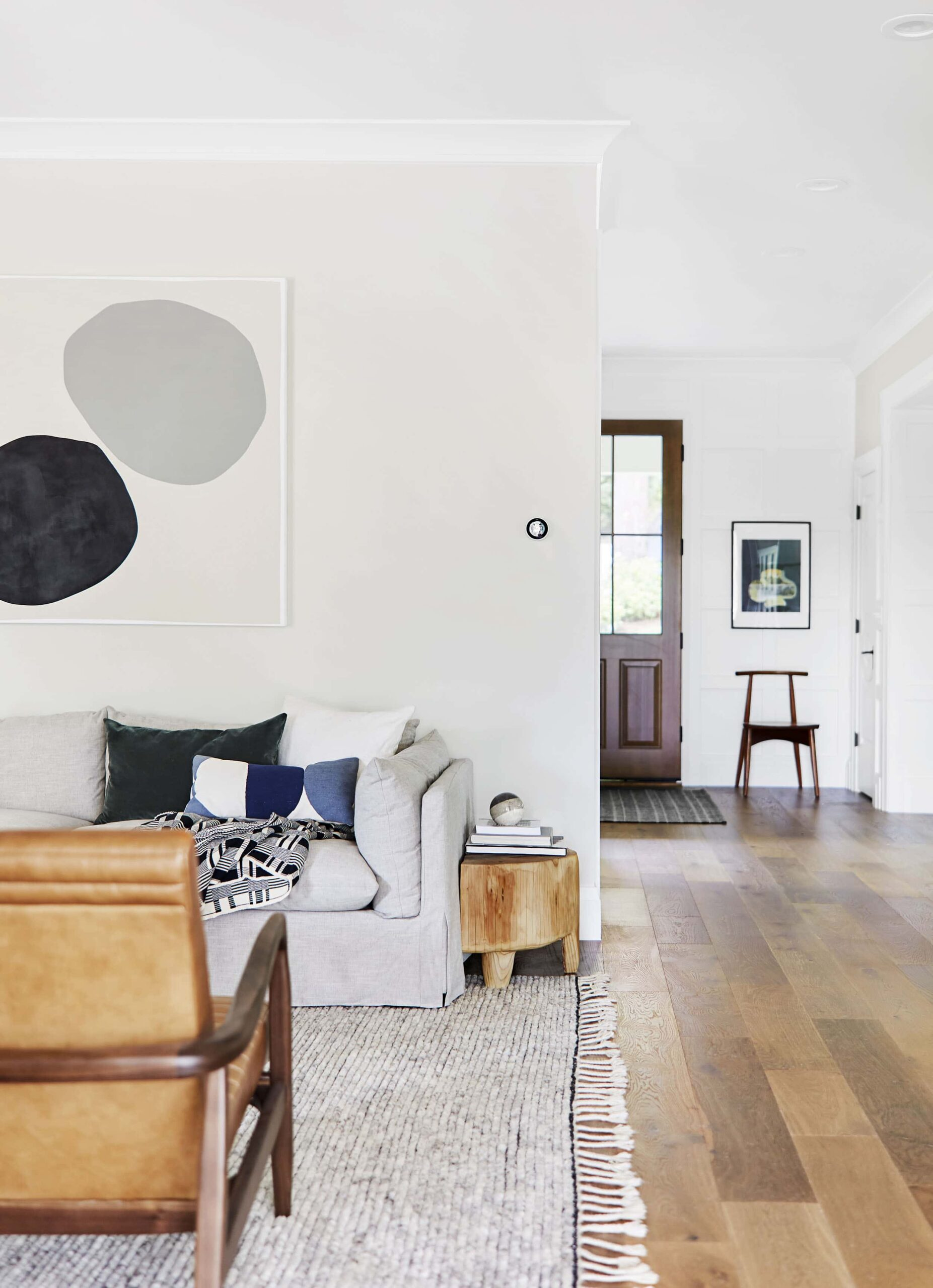 IMAGE: by Sara Ligorria-Tramp for EHD via Emily Henderson feat. paint color 'Oyster White' from Sherwin Williams