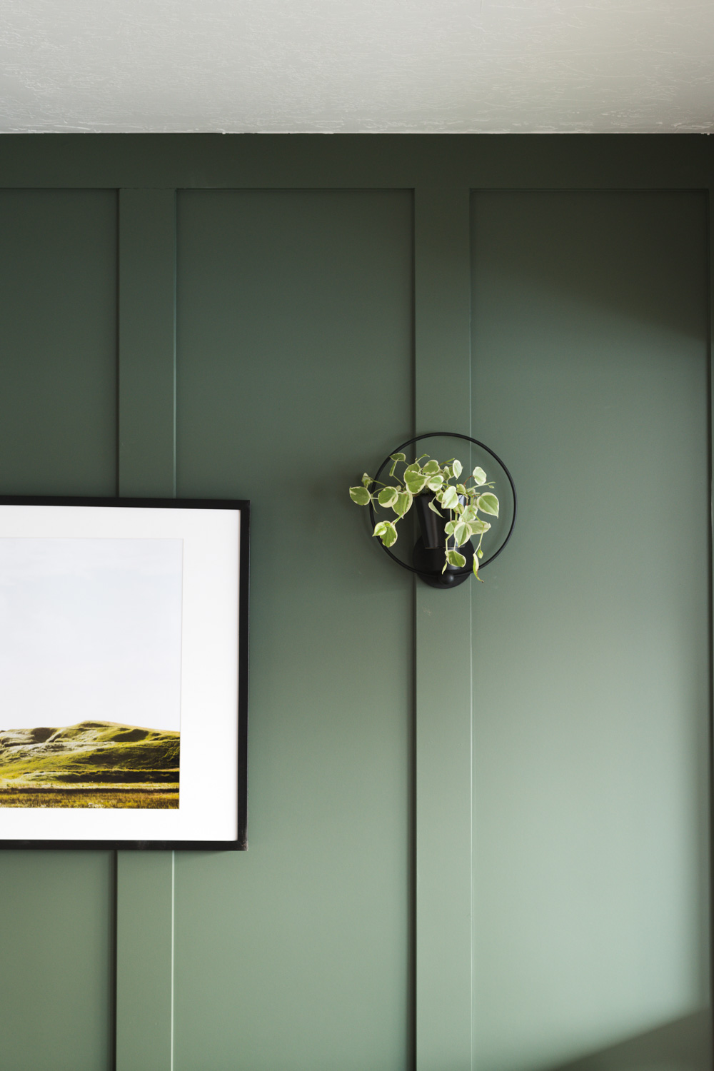 IMAGE: via Vintage Revivals feat. paint color 'Rosemary' from Sherwin Williams