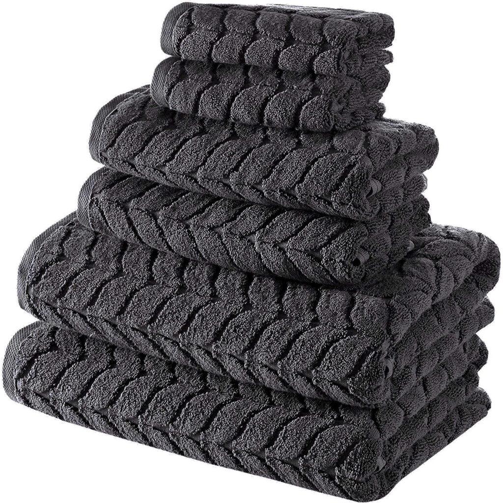 Textured charcoal gray bath towels via Amazon