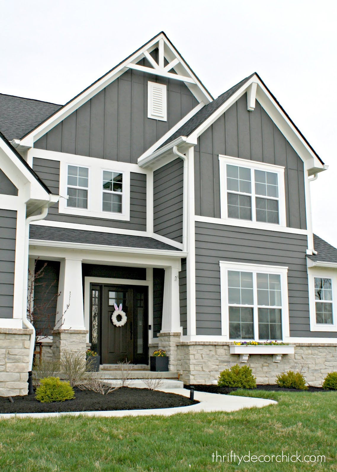 Beautiful Dark Gray Exterior Paint Colors in Action - Image via Thrifty Decor Chick, feat. paint color: 'Knight's Armor' by PPG