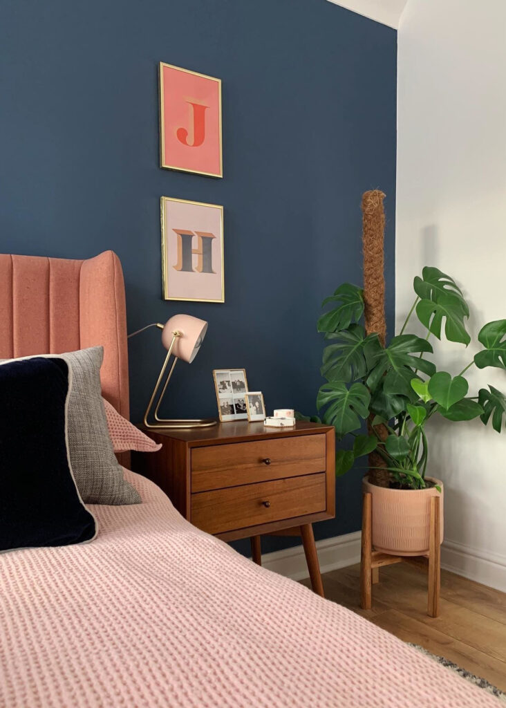 Image by @ourhome_upnorth feat. paint color 'Stiffkey Blue' by Farrow & Ball
