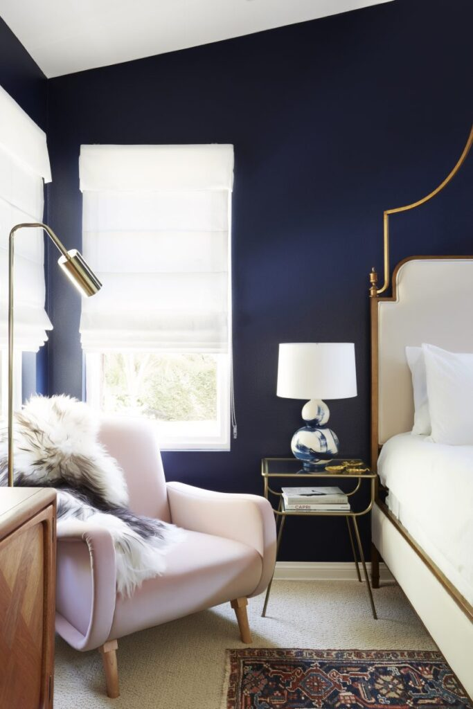 35+ Navy Blue and Gold Bedroom Ideas and Inspiration -Image via Murphy Deesign