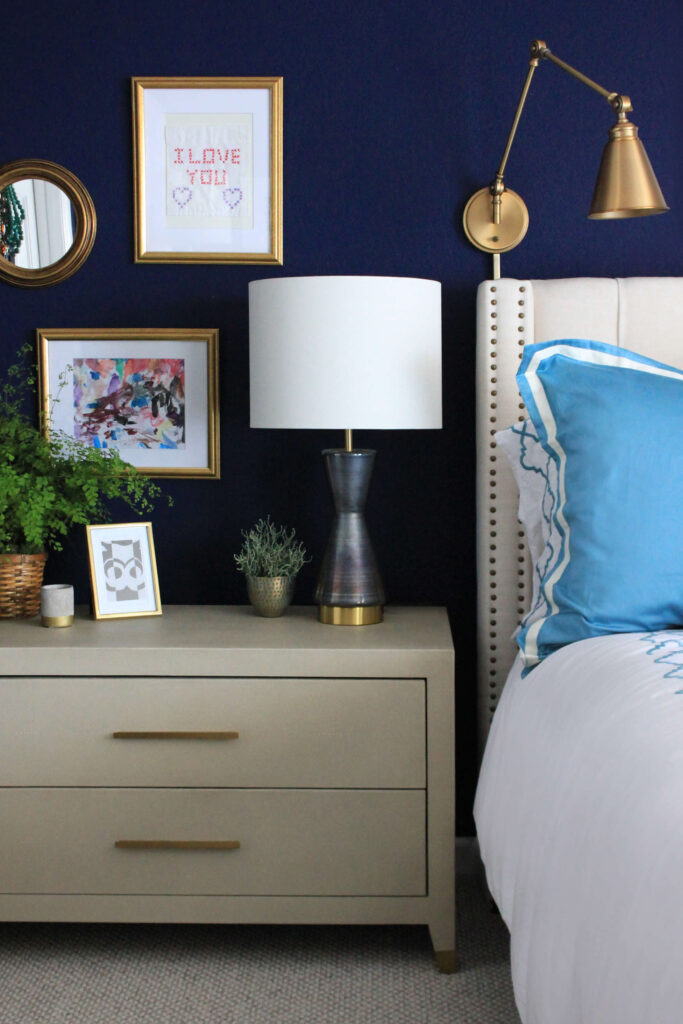 35+ Navy Blue and Gold Bedroom Ideas and Inspiration -Image via Shana Cunningham Designs