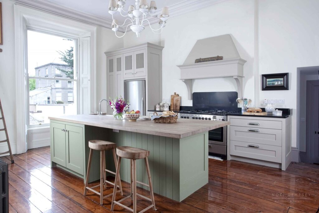 IMAGE: via Noel Dempsey Kitchens and Interiors feat. paint color 'Sage Green' by Little Green